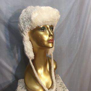 New Aeropostale cream winter hat